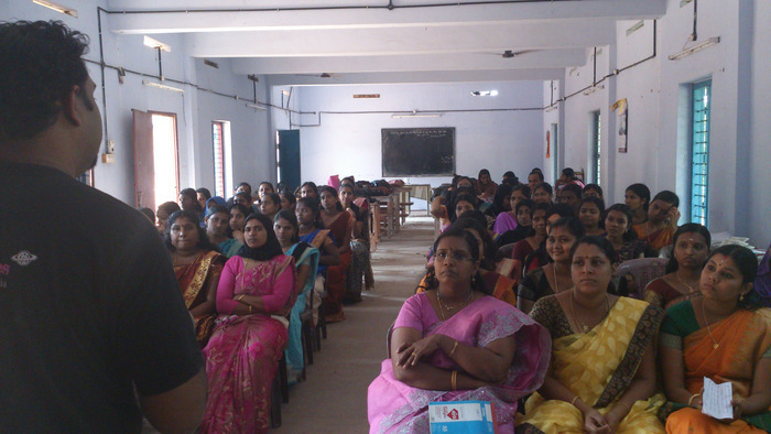 A talk to a women's group in Kollam